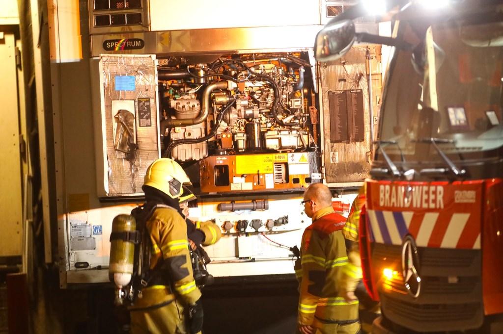 Brandweer opgeroepen voor brand koelmotor. (Foto: Gabor Heeres / Foto Mallo)  © 112 Brabantnieuws