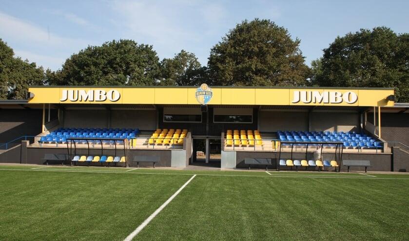 De nieuwe tribune van Blauw Geel'38/Jumbo