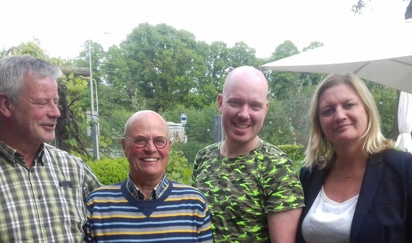 De raadsleden Ton Broekmans, Lee Tonnaer, Frank Dillerop en wethouder Karin Peters.