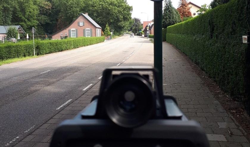 Snelheidscontrole op de Vorleweg in Mill.