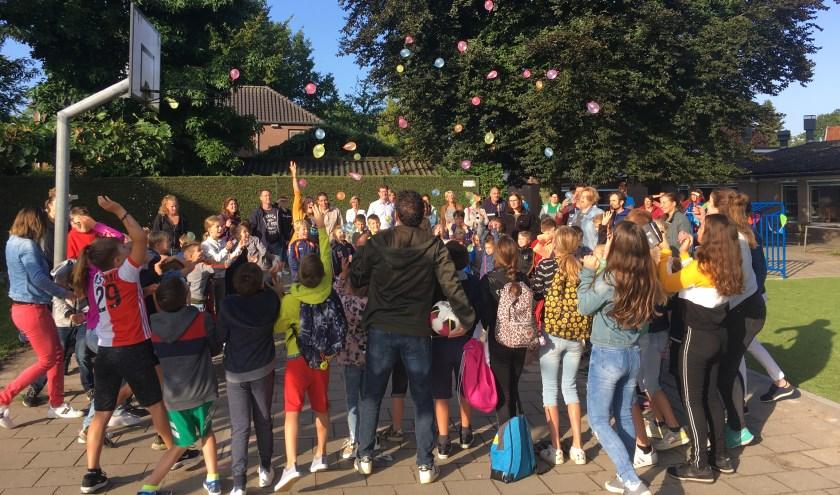 Nieuw voetbalveldje voor leerlingen van De Schare in Sint Hubert.
