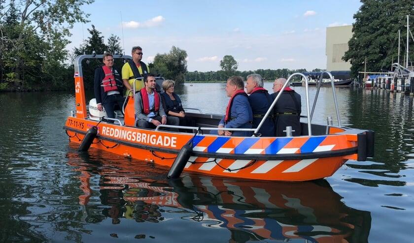 Burgemeesters dopen nieuwe reddingsboot Reddingsbrigade Erica