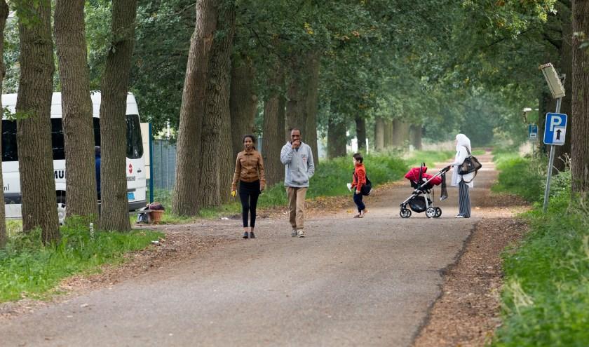 Asielzoekers nabij Overloon.