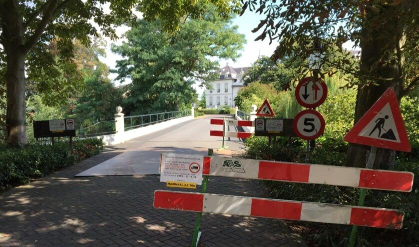De toegangsbrug bij Sint Anna in Boxmeer.