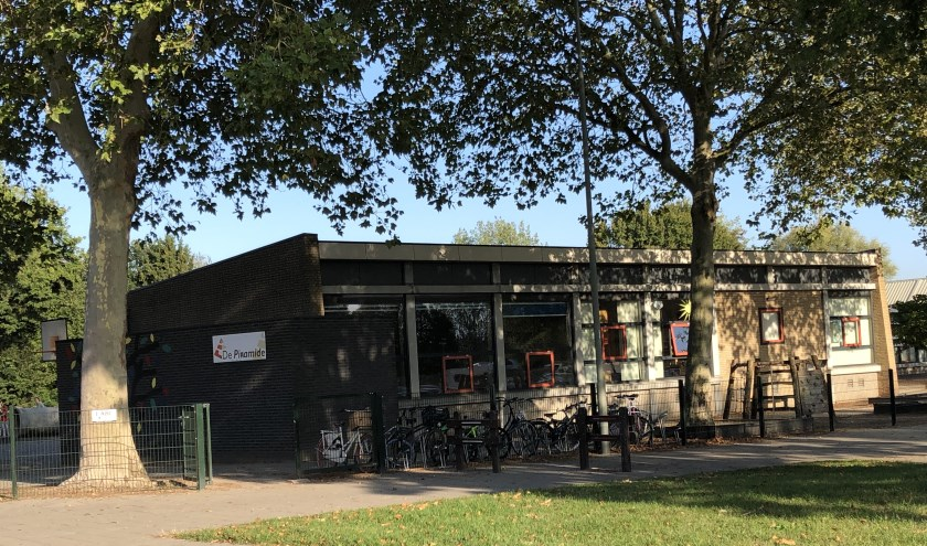 Op de plaats van de Piramide (foto) en Elkerlyc in Gennep komt straks het nieuwe Kind Expertise Centrum.