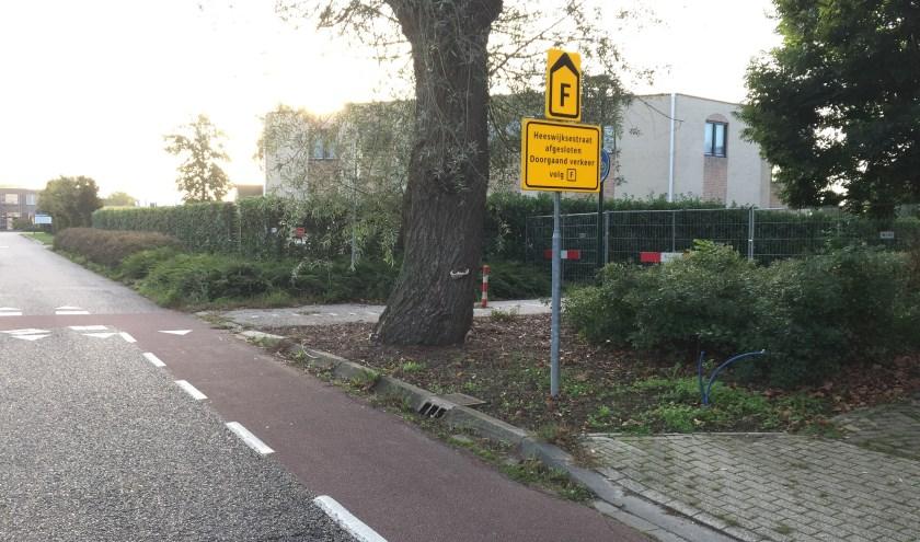Op de kruising Heeswijksestraat/Gildekamp in Cuijk worden snelheidsremmende maatregelen genomen zodat het fietspad open kan.