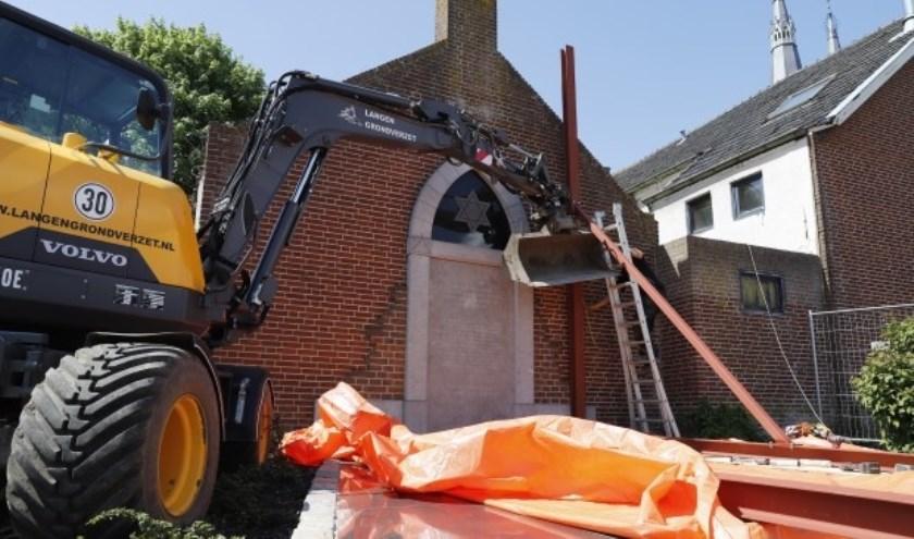 Het Joods Monument in Cuijk stortte in 2018 deels in. (foto: SK-Media)