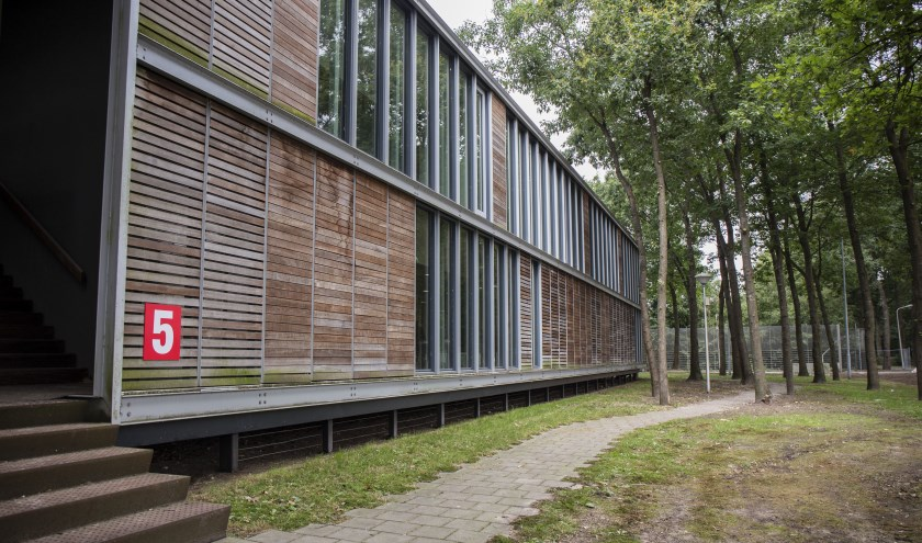 Het asielzoekerscentrum in Overloon.