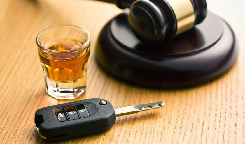 Een Boxmerenaar moet zich binnenkort verantwoorden voor de rechter wegens rijden onder invloed.