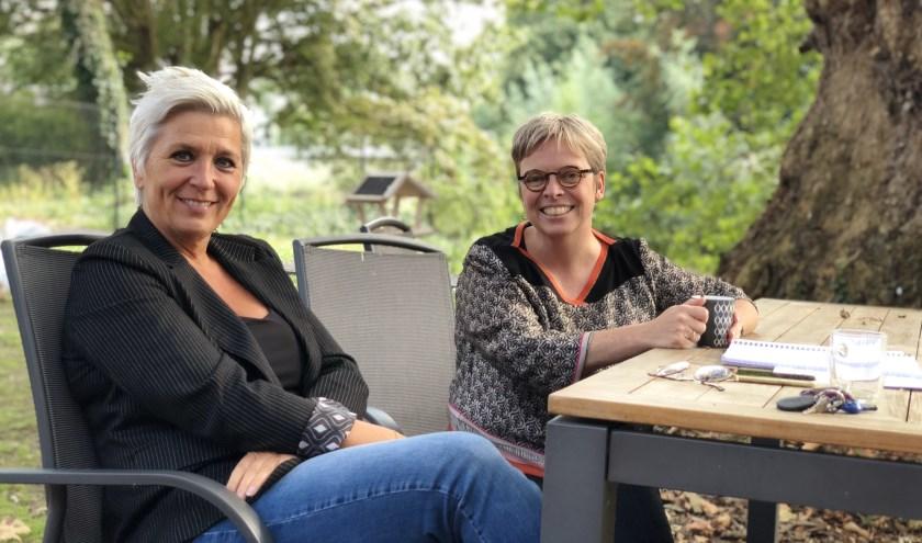 Natasja de Groot (Bibliotheek Meierijstad) en Eshter de Bie (ONS Welzijn) zijn de drijvende krachten achter Heel Veghel Kookt.