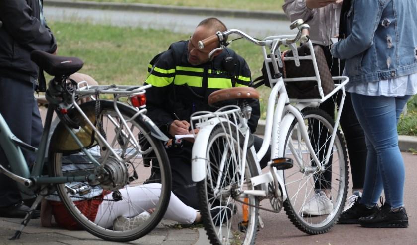Ongeval op de Wethouder van Eschstraat. (Foto: Gabor Heeres / Foto Mallo),