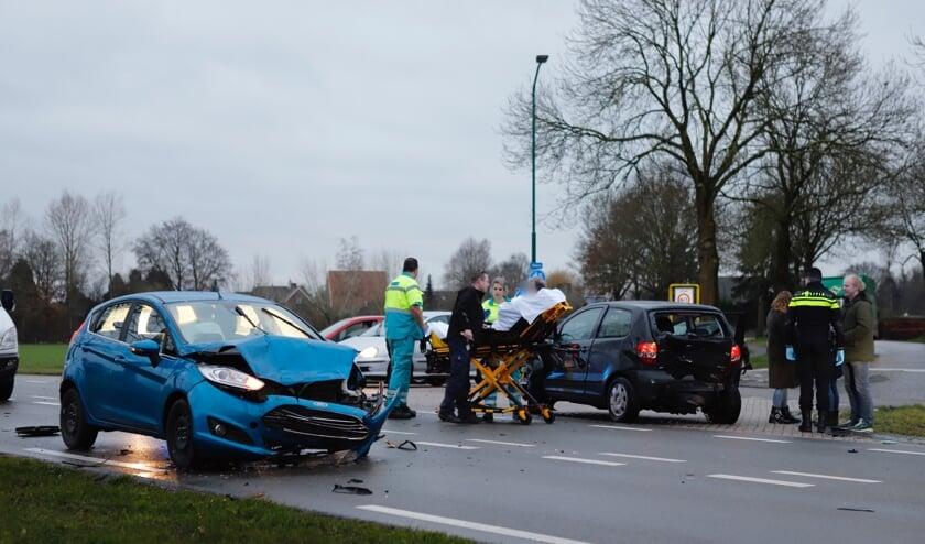 Zwaar ongeluk op N321, weg dicht tussen Grave en Cuijk.