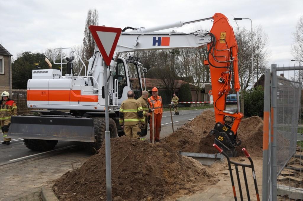 Gaslek door werkzaamheden in Peellaan. (Foto: Gabor Heeres / Foto Mallo)  © Kliknieuws Oss