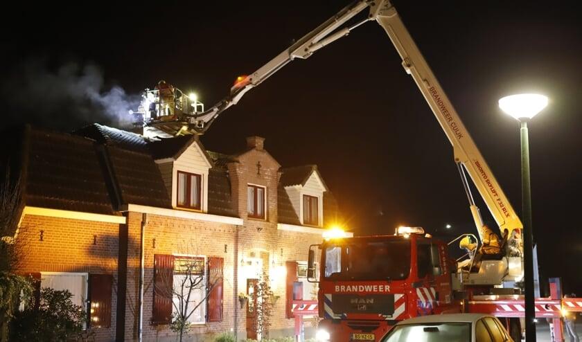 De brand rukte vanavond uit voor een schoorsteenbrand in Haps.