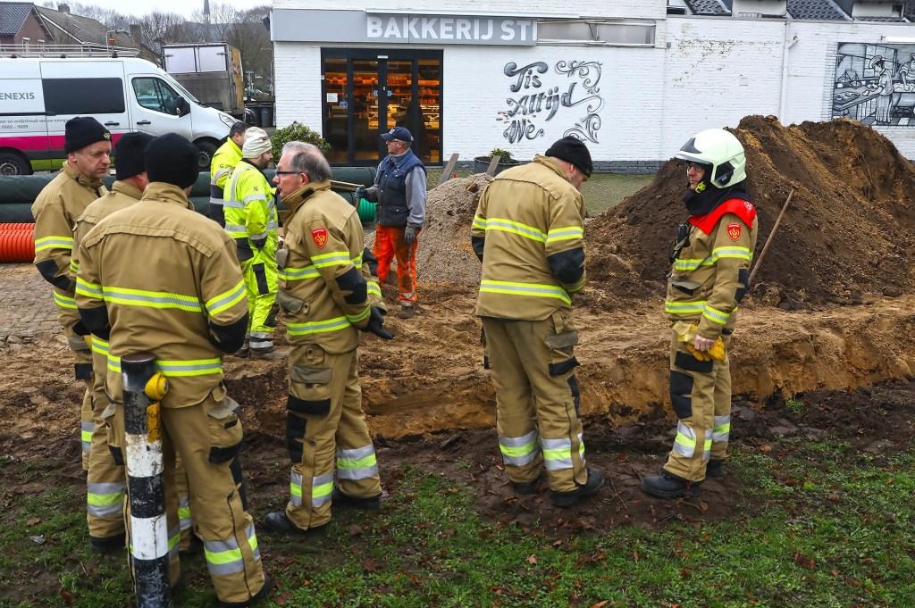 Brandweer opgeroepen voor gaslek in Braakstraat. (Foto: Gabor Heeres, Foto Mallo) Foto: Gabor Heeres © Kliknieuws Oss