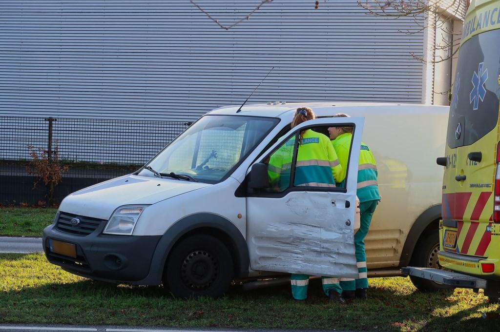 Opnieuw ongeval op Osse kruising. (Foto: Gabor Heeres / Foto Mallo)  © 112 Brabantnieuws
