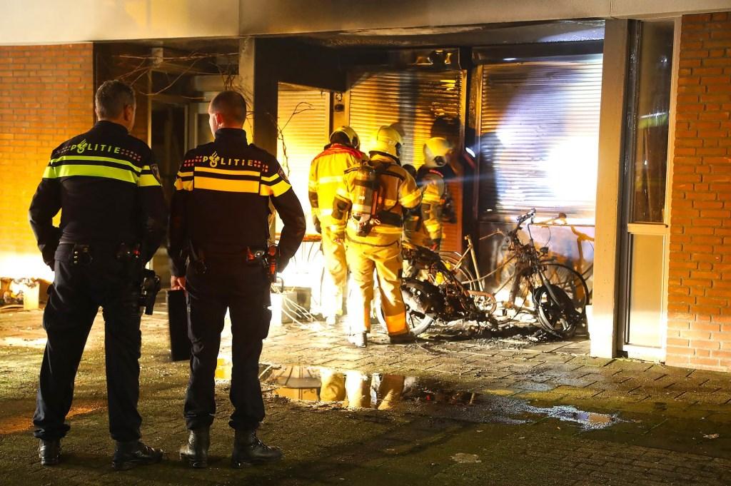 Brand in de Schapedreef. (Foto Gabor Heeres, Foto Mallo)  © 112 Brabantnieuws