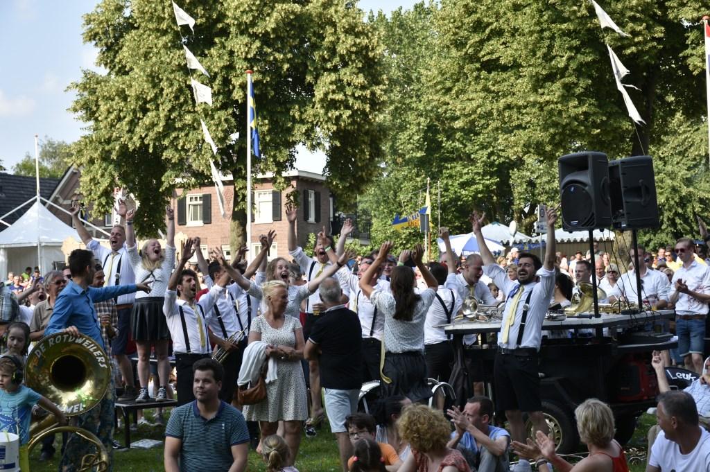 Leuk da ge d´r Band.  © Kliknieuws Veghel