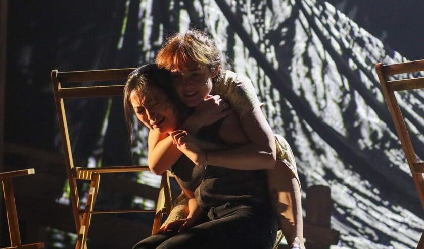 Theatrale en muzikale bewerking van 'Vietnam Uitgevlucht' in De Lievekamp