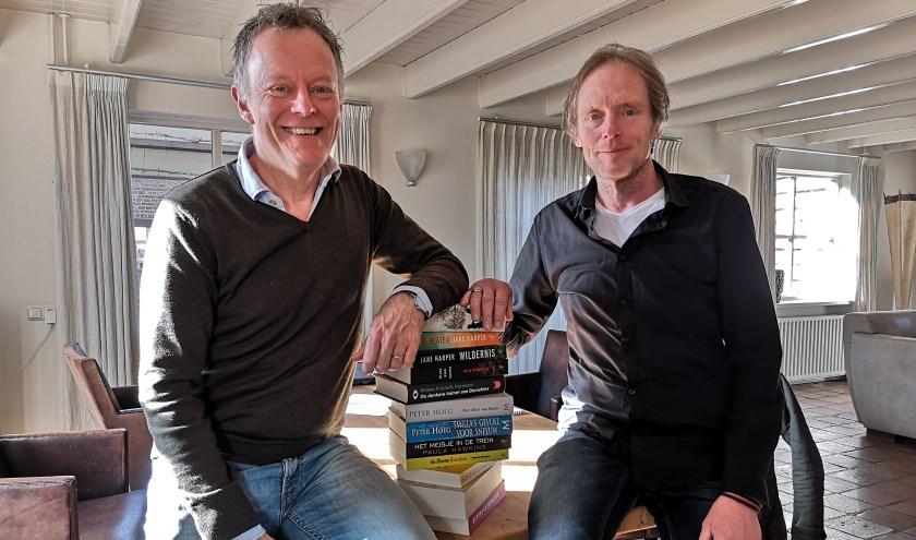 Boekenliefhebbers en quizpresentatoren Bert en Bert.