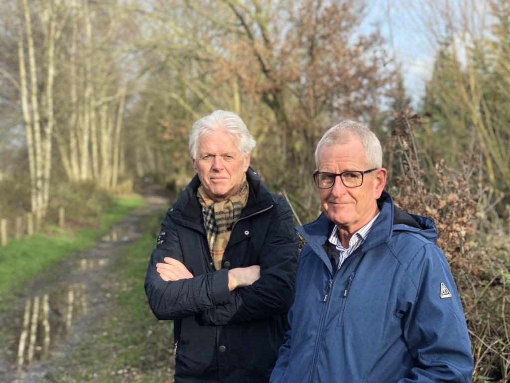 Christ Raaijmakers (L) en Ad van der Steen  (R) zijn de aanjagers van 'Red de Spoordijk'.   © Kliknieuws Veghel