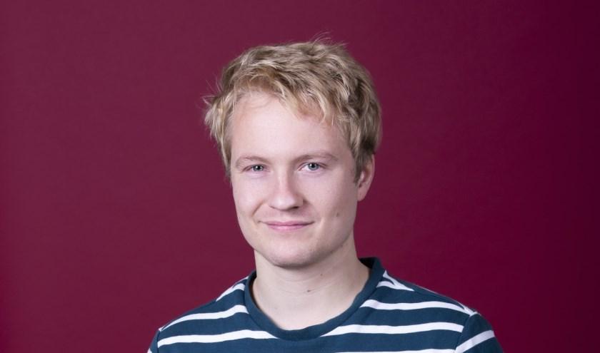 Henk Overdijk, zaterdag in De Weijer, won op het Groninger Studenten Cabaretfestival de Publieks- de Persoonlijkheidsprijs.