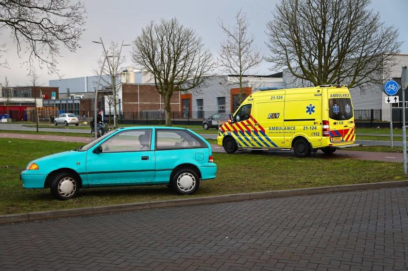 Ongeval op kruising. Foto: Gabor Heeres / Foto Mallo,