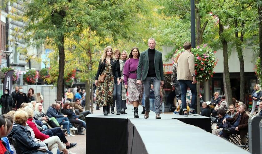 <p>Een eerdere fashion show in het Osse centrum.</p>
