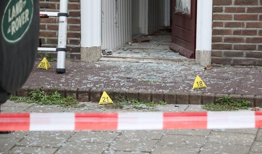 <p>Ravage bij woning Verlengde Tuinstraat. (Foto: Gabor Heeres, Foto Mallo)</p>