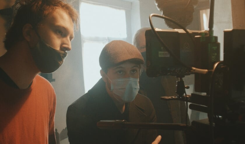 <p>Pepijn Tebrunsvelt tijdens de opname van de film Le Pain.</p>