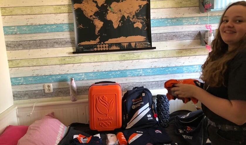 <p>Evi Gr&ouml;niger pakt haar koffer. Woensdag vertrekt ze met TeamNL vanaf Schiphol naar Kemer in Turkije.</p>