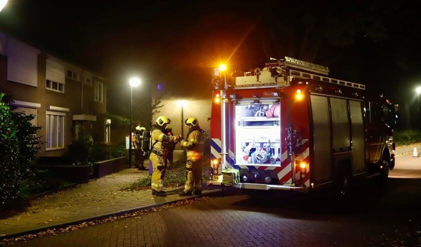 De brandweer kwam ter plaatse om de woning te ventileren.