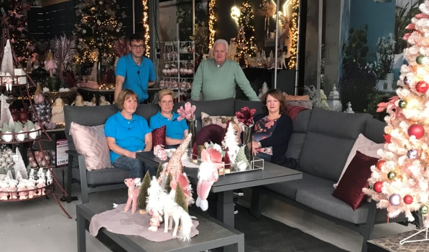 <p>Sjaak en Nel van Engelen kijken enorm uit naar de viering van het jubileum aankomend weekeinde. &quot;Maar dit is natuurlijk niet alleen ons jubileum, maar van het hele team&quot;, benadrukt Nel.</p>