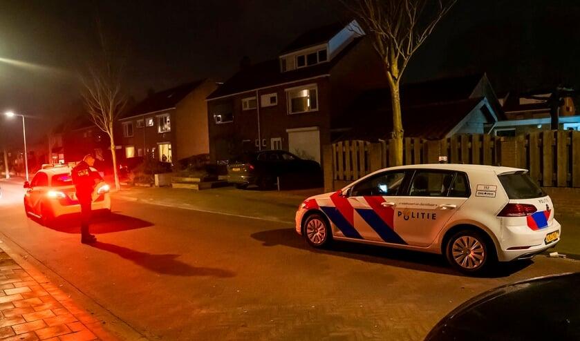 <p>Onderzoek van de politie na een schietincident in Oss. (Foto: Gabor Heeres, Foto Mallo)</p>