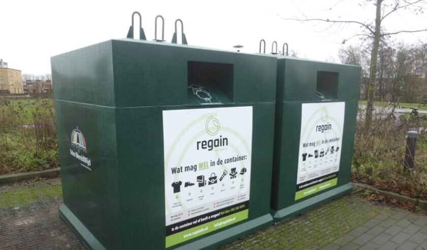 <p>Textielcontainers in Uden.</p>