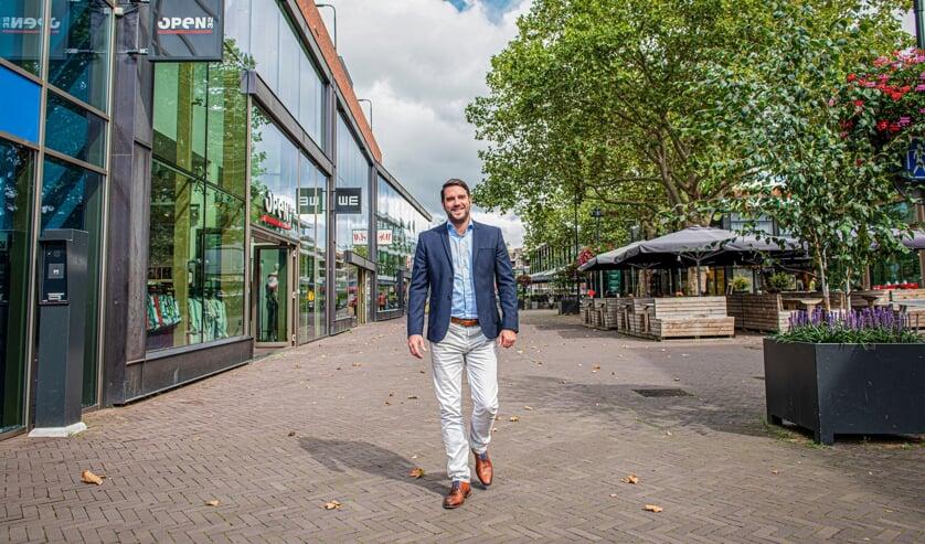 <p>Peter van den Elsen.</p>