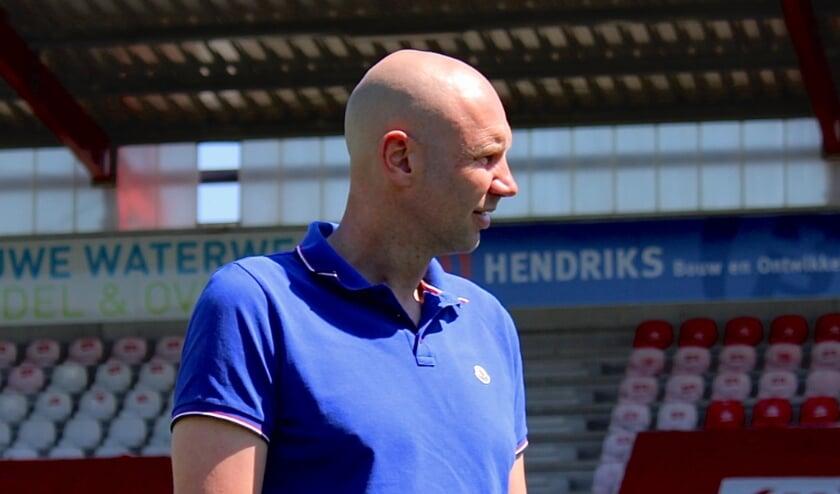 <p>Bob Peeters, trainer van TOP Oss.</p>