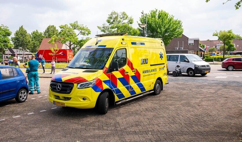 Vrouw gewond bij ongeval op Euterpelaan. (Foto: Gabor Heeres, Foto Mallo)