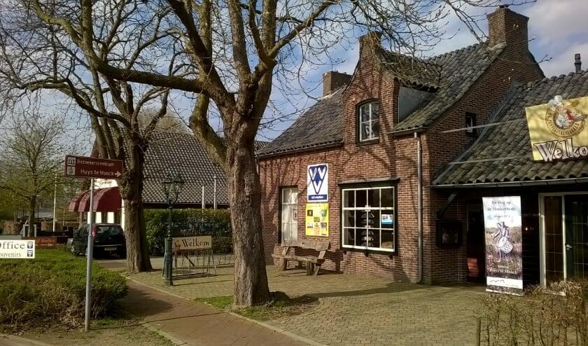 Het VVV-kantoor aan de Witteweg in Plasmolen is het vertrekpunt van Wandelen met Verhalen.