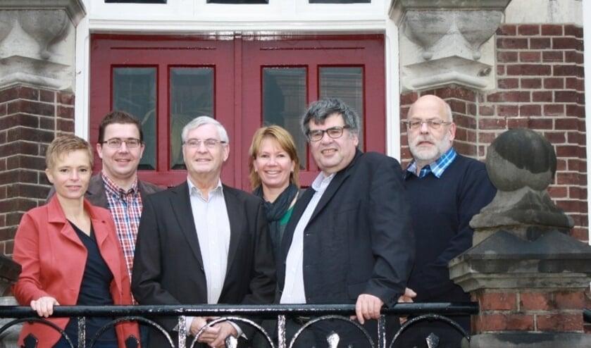 <p>De fractie KERN met de kandidaten voor een raadszetel voor de gemeenteraadsverkiezingen in 2014.</p>