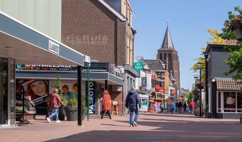Het belooft een mooie zomer te worden in het Boxmeerse winkelgebied.