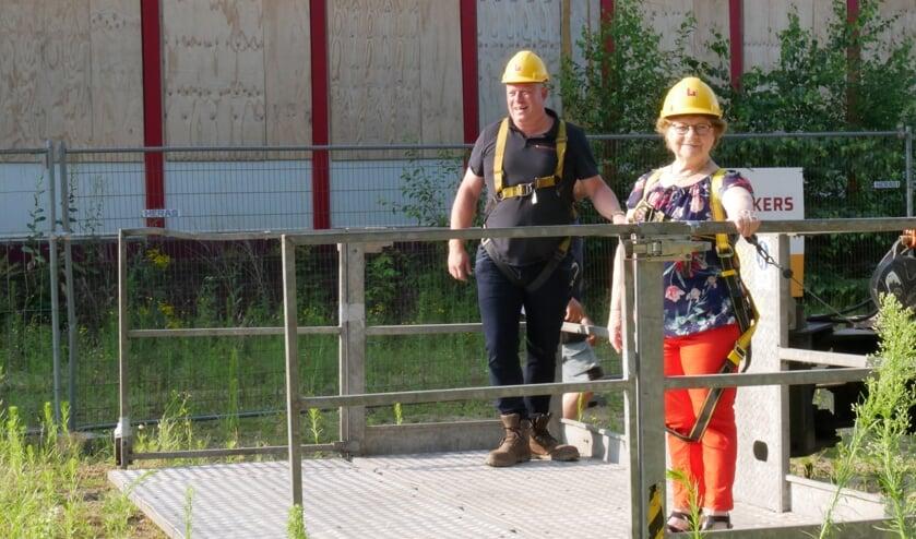 Het was voor Marietje van Vonderen een totale verrassing dat ze even een kijkje mocht nemen op het dak.
