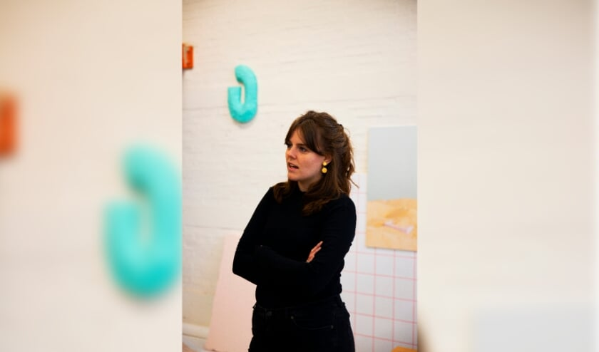 <p>Kunstenares Manon Jeuken wil een plek cre&euml;ren waar we een gevoel van absolute vrijheid kunnen ervaren. (Foto: Florine van Rees)</p>