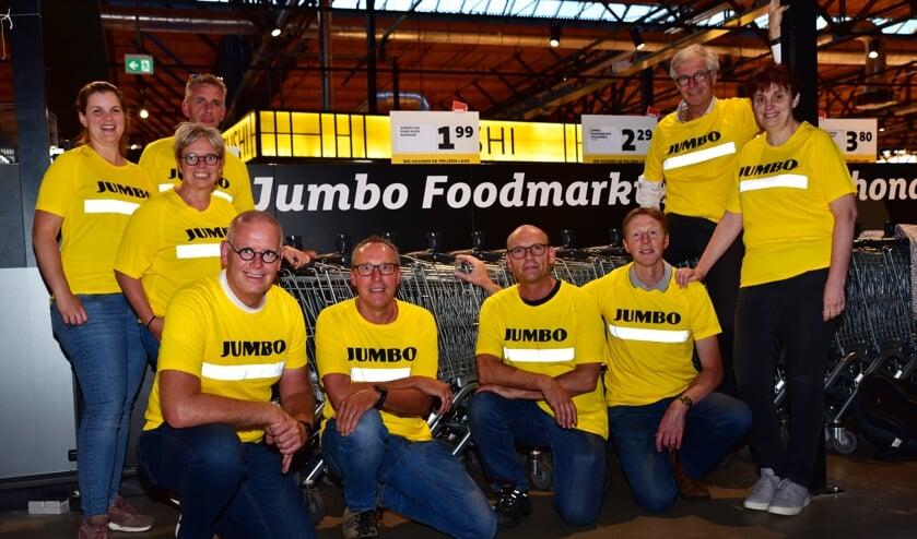 <p>Roparun team Jumbo Logistiek, teamcaptain Paul van den Broek staat rechtsboven.</p>