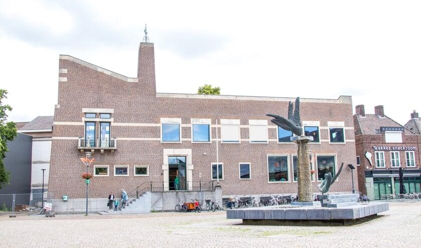 <p>Het RAADhuis in Schijndel is nu weer een offici&euml;le trouwlocatie.</p>