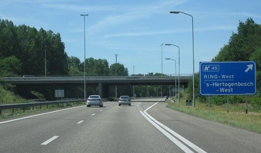 <p>&nbsp;De A59 is afgesloten tussen oprit (45) Ring &rsquo;s-Hertogenbosch-West en afrit (47) Maaspoort richting Oss en Utrecht.</p>