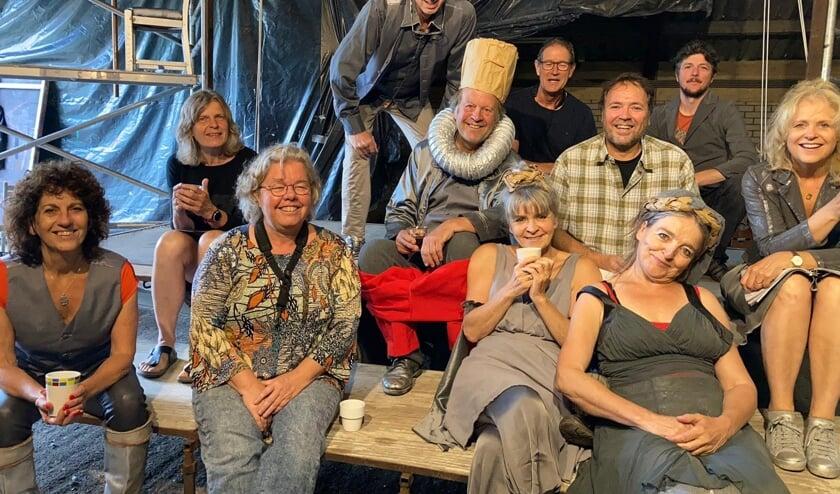 Op vrijdag 16 juli speelt Muziektheater Trammelant om 20.00 uur bij Het ponyweitje aan de weisestraat in Lithoijen.