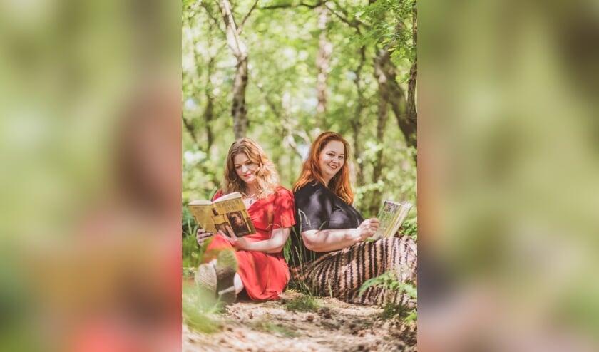 <p>Eefke Peeters en Ilona Stroecken vormen samen het kloppende hart van HX Magazine.</p>
