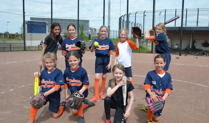 <p>Deze meiden kunnen nog wel enkele nieuwe teamgenoten gebruiken. Kom jij dit team binnenkort versterken? (Foto: Maryam van Meer)</p>