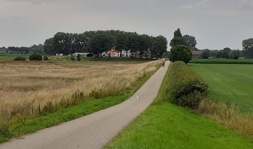 'Maasuiterwaarden rondom oorspronkelijke plaats Huyse Middelaer'